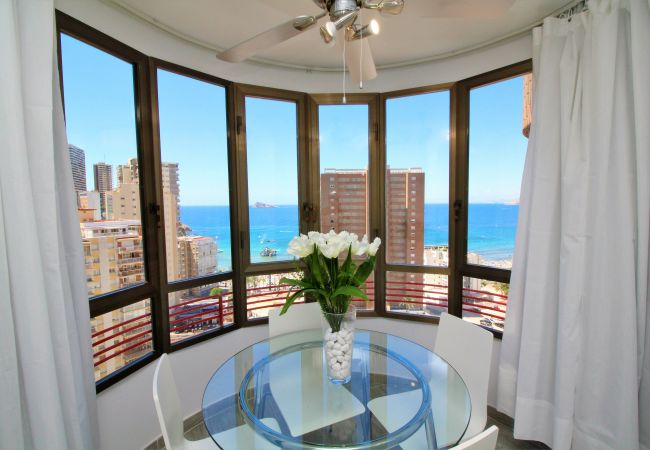Apartment in Benidorm - Coblanca 5-15-4