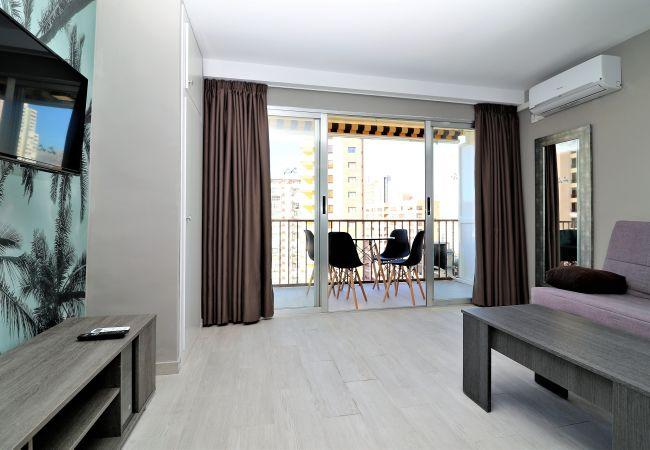 Apartment in Benidorm - Bermudas 905