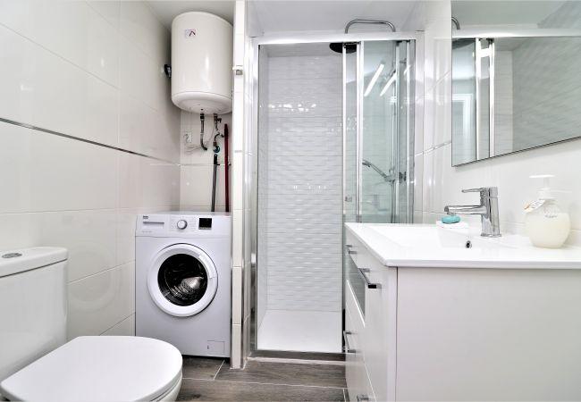Apartment in Benidorm - Albatros 9-6