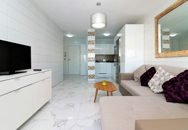 Apartment in Benidorm - Don Miguel 1 4-B