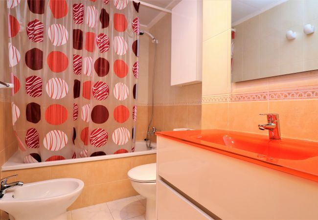 Apartment in Benidorm - Torre Capri 24-G